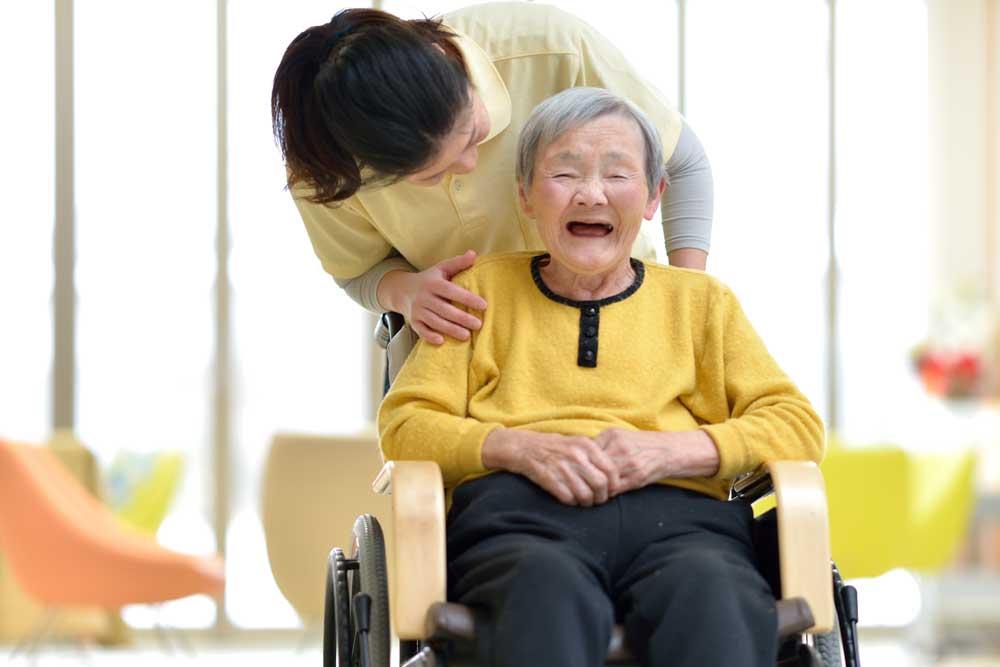 介護事業のホームページはお任せください。 | 大阪(京阪:寝屋川・枚方)でホームページ作成はお任せください。