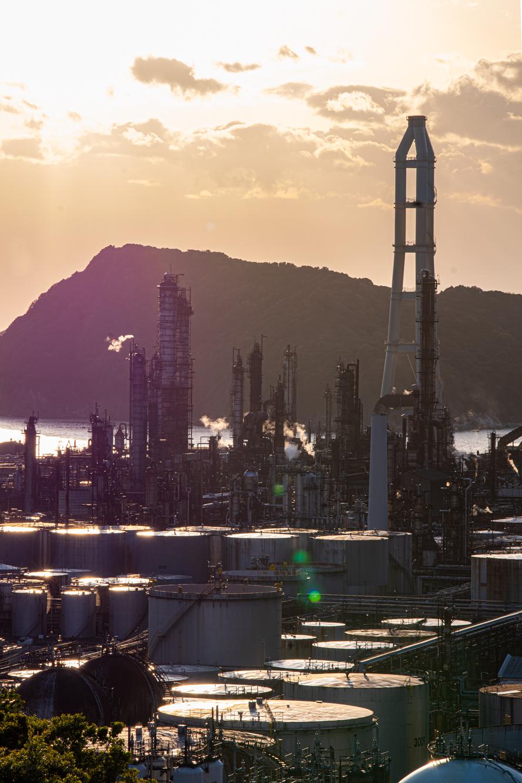 JXTGエネルギー和歌山製油所 夕焼け画像